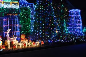 クリスマスにはイルミネーション