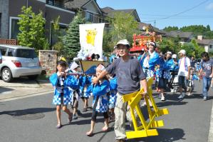 夏祭り子ども神輿